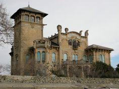 villa zanelli Italy, abandoned beauty