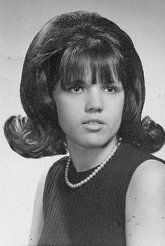 Pearls, A Flip and a Little Black Dress Teased Hair, Bouffant Hair, Helmet Hair, Retro Hairstyles, Brown Hairstyles, Wedding Hairstyles, School Portraits, Hair Reference, Hair Flip