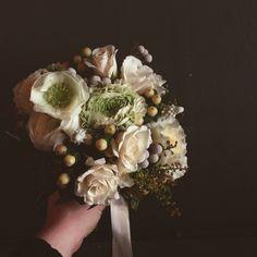 Wintery Bridal Bouquet for a vintage themed wedding at The Bellhouse in Brooklyn. Stemsbrookyln.com Instagram: @stemsbrooklyn
