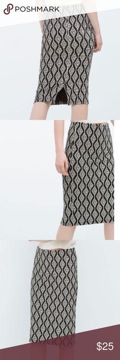 Jacquard Zara Pencil Skirt Zara - Black and White Print Pencil Skirt - Size Small - New! Zara Skirts Pencil