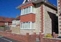 Self Catering Holidays - Miles and Son Holiday in Swanage - 2 Mayfield Court - ground floor flat with allocated parking- sleeps Holiday Lettings, Ground Floor, Catering, Multi Story Building, Flooring, Holidays, Flat, Mansions, House Styles