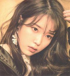 Korean Celebrities, Korean Actors, Iu Twitter, Yoona, K Idols, Korean Singer, Baddie, Kpop Girls, Actors & Actresses