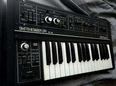 MATRIXSYNTH: Roland SH-09
