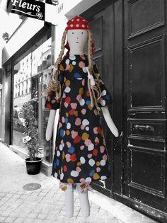 Bertille the linen rag doll lestoilesblanches.com