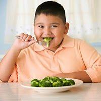 ¿Cómo hablarles a los niños de sobrepeso y obesidad?/ How to talk children about overweight and obesity