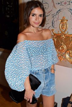 Find tips and tricks, amazing ideas for Miroslava duma. Discover and try out new things about Miroslava duma site Look Street Style, Street Chic, Paris Street, Look Fashion, Fashion Outfits, Womens Fashion, Fashion Trends, Fashion Weeks, Paris Fashion