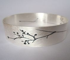 Handmade contemporary silver jewellery, silver bracelets, silver