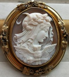 Allegory of the Night Cameo, Sardonyx Shell, 15K gold, circa 1840/1850 Italy``