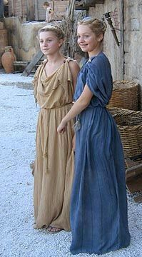 Screenwriter Olivia Hetreed& two daughters were extras in Malta in Ancient Roman Clothing, Medieval Clothing, Ancient Rome, Ancient Greece, Historical Costume, Historical Clothing, Diy Couture Foulard, Greek Chiton, Roman Dress