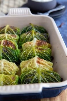 Chou farci au four - Recette facile - Gourmandiseries Cabbage stuffed in the oven - Easy recipe - Delicacies Healthy Chicken Recipes, Healthy Cooking, Cooking Recipes, No Salt Recipes, Light Recipes, Healthy Dinner Recipes, Healthy Snacks, Plats Healthy, Bento Recipes