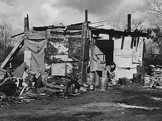 You've Never Seen These Rare Photos Of The Great Depression - Page 22 of 35 Depression Support, Depression Help, Great Depression, Modern Shed, Dust Bowl, Art Of Manliness, Migrant Worker, Slums, Dorothea Lange
