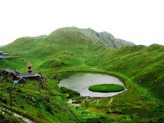 पर्यटन और धार्मिक दृष्टि से महत्वपूर्ण पराशर झील और आसपास की पहाड़ियां अब कानूनी रूप से पैराग्लाइडिंग साइट बनने जा रही हैं।