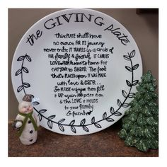 The Giving Plate Style 2 by on Etsy Xmas Gifts, Craft Gifts, Diy Gifts, Unique Gifts, Giving Plate, Host Gifts, Dollar Store Crafts, Mason Jar Crafts, Teacher Appreciation Gifts