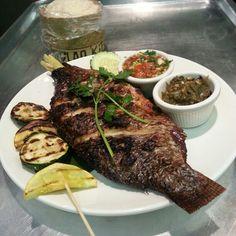 Laotian grilled tilapia. Grilled Tilapia, Grilled Cauliflower, Grilled Prawns, Grilled Halloumi, Cauliflower Recipes, Grilled Sandwich Recipe, Sandwich Recipes, Laos Food, Zuchinni Recipes
