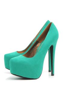 Perfect with my mint pants, top, jewelry, and hair accessories. Can you have too much mint? Red High Heels, Sexy Heels, High Heel Pumps, Pumps Heels, Green Heels, Mint Heels, Suede Pumps, Flats, Turquoise Heels