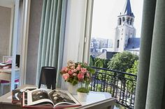 Madison Hotel is located on the Left Bank opposite the church of Saint-Germain-des-Prés and a mere stone's throw from the Seine, the Louvre and the Musée d'Orsay, and the Cathedral of Notre Dame de Paris.