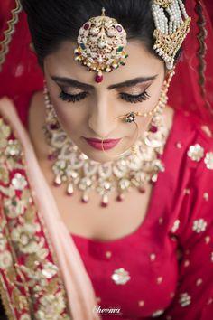 #Bride #Wedmegood #Zowed #Indianwedding #Indianweddinginspiration #Sikhbride   #Bridalpotrait #Punjabiwedding #WeddingMakeup #Weddingjewellery