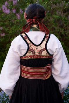 Beltestakk Folk Costume, Costumes, Hardanger Embroidery, Folk Fashion, Camilla, Traditional Outfits, Norway, Scandinavian, Unique