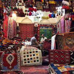 A rugs and carpets shop in Vakil Bazaar. #Shiraz, #Fars, #Iran. Photo by Samaneh Sarabi @samanehsrb
