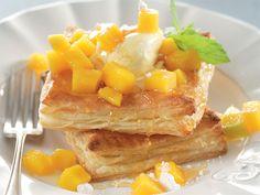 Ligte mango-tert. Vinnig en maklik! Jy hoef glad nie 'n bobaaskok te wees om hierdie resep te maak nie.