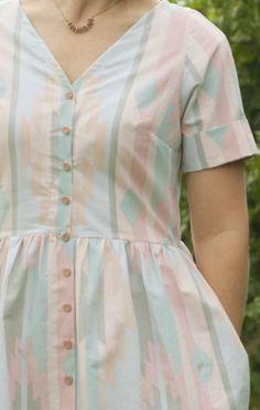 mad mim_Bed Sheet dress tutorial