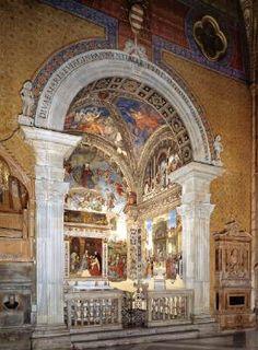 View of the Carafa Chapel - Filippino Lippi.  1489-91.  Fresco.  Santa Maria sopra Minerva, Rome, Italy.