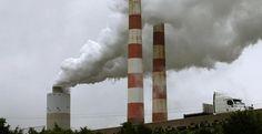 La quema de combustibles fósiles es una de las principales causas del aumento del CO2. AFP