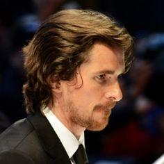 Niente Christian Bale nella Justice League.