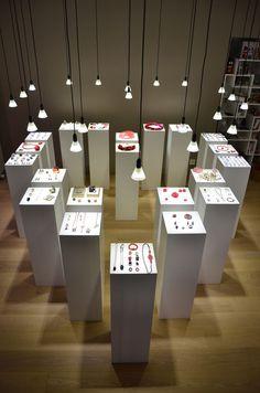 Galerie Caractère - rue des terreaux 1, Neuchâtel, SUISSE www.galeriecaractere.com
