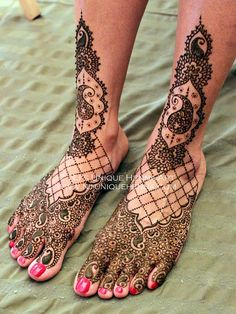 Nina's bridal henna 2012 © NJ's Unique Henna Art | Flickr - Photo Sharing! Bridal henna mehndi. NJ's Unique Henna Art © All rights reserved. Henna by Nadra Jiffry. Based in Toronto, Canada. Specializing in Bridal henna and henna crafts. This is my work and my photos only.  www.nj-uniquehenna.com