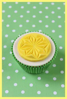 Easter cupcakes, via Flickr.