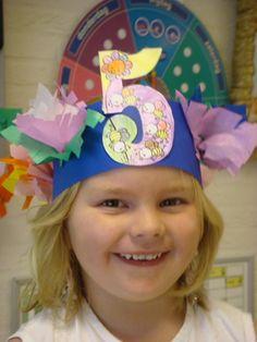 Verjaardagskroon: hoed Cool Kids, Montessori, Headbands, Birthday Cards, Education, Party, Fun, Carnival, School