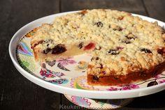 Dit is een ontzettend makkelijk en snel recept voor een heerlijke frambozen kruimeltaart. De vulling met o.a. créme fraîche doet denken aan een cheesecake.