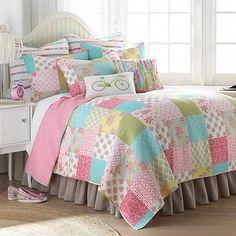 Plaid Patchwork, Patchwork Designs, Ramadan Decoration, Bed Bath & Beyond, Ideas Hogar, Pink Bedding, Bedding Sets, Luxury Bedding, Twin Quilt