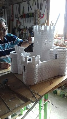1 million+ Stunning Free Images to Use Anywhere San Gil, Aquarium Diy, Mexican Christmas, Faux Brick Walls, Cardboard Castle, Shadow Box Art, Fantasy Castle, Cool Art Projects, Christmas Nativity