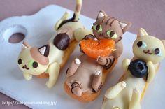 猫の日の猫エクレア Homemade cat éclair for Japanese Cat Day : お茶の時間にしましょうか-キャロ&ローラのちいさなまいにち- Caroline & Laura's tea break