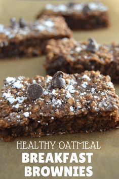 Healthy Breakfast Brownies This healthy twist on breakfast brownies will knock your socks off! If you are looking for healthy breakfast recipe ideas, you must try these flourless chocolate baked oatmeal bars. Easy healthy breakfast brownies for kids. Healthy Oatmeal Breakfast, Breakfast On The Go, Healthy Breakfast Recipes, Healthy Baking, Healthy Snacks, School Breakfast, Healthy Bars, Healthy Baked Oatmeal, Healthy Food For Kids