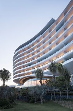 Hainan Blue Bay Westin Resort Hotel / gad·Zhejiang Greenton Architectural Design / Lingshui, Hainan, China