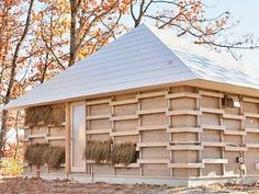 Japanese students design home heated and cooled by fermenting straw