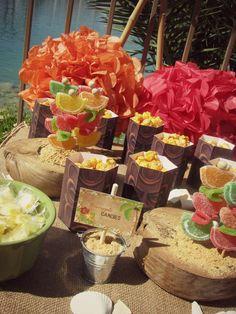 Hostess with the Mostess® - Vintage Hawaiian Luau Hawaiian Candy, Hawaiian Luau Party, Hawaiian Wedding Themes, Hawaiian Theme, 13th Birthday Parties, Luau Birthday, Vintage Hawaiian, Aloha Vintage, Aloha Party