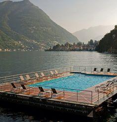 pool on the lake..! thats wat im talkin bout :)