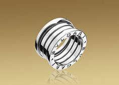 B.ZERO1 ring in 18kt white gold.