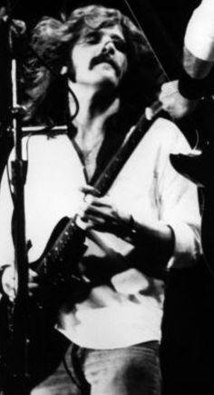 "Glenn Frey ""Rockin'"""