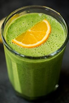 Citrus green smoothie that will help get rid of your winter cold. This cold-buster smoothie has turmeric, citrus, and ginger to help make you all better. Green Detox Smoothie, Green Smoothie Recipes, Juice Smoothie, Fruit Smoothies, Healthy Smoothies, Healthy Drinks, Smoothie Cleanse, Orange Smoothie, Juice Recipes