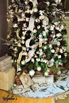 Cotton Christmas tree - it's fabulous! Loving the tree skirt too!
