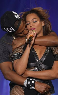 Beyonc� and Jay Z Deliver Another Steamy Performance As On the Run Tour Winds Down in France?See the Photos!