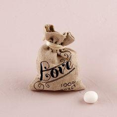 Rustic Wedding Favor Bags - Unique Rustic Wedding Invitations.com - Linen Favor Bags #rusticweddings #rusticweddinginspiration