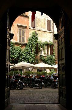 Rom, Piazza Margana   Flickr - Photo Sharing!