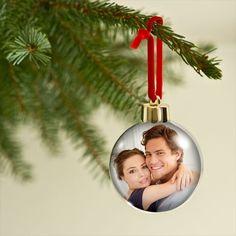 Das ganz besondere Weihnachtsgeschenk: die persönliche Weihnachtskugel mit Ihrem eigenen Foto!