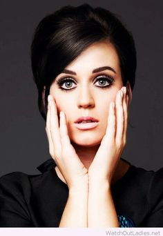 Katy Perry old vintage make-up and updo